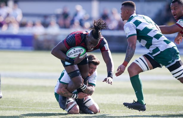 Maro Itoje scored the first of Saracens' eight tries