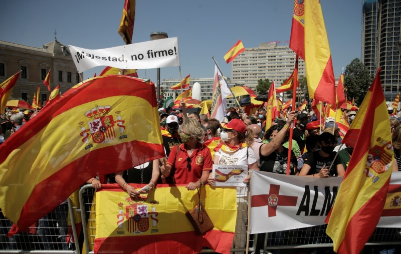 Thousands protest against Spain's possible pardons for jailed Catalan leaders