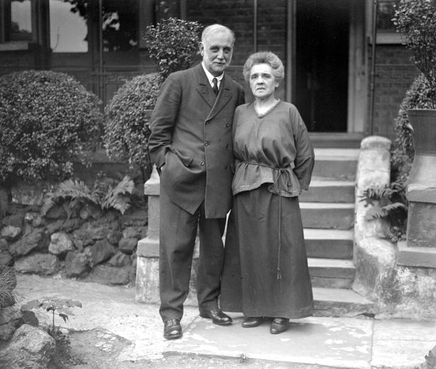 Husband and wife George and Bessy Lansbury went to prison