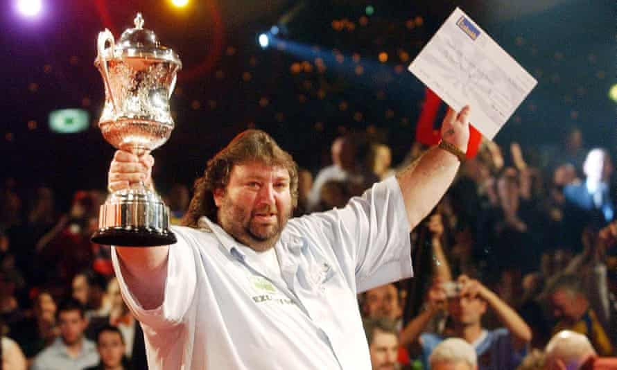 Andy Fordham after his world championship win at the Lakeside in 2004.