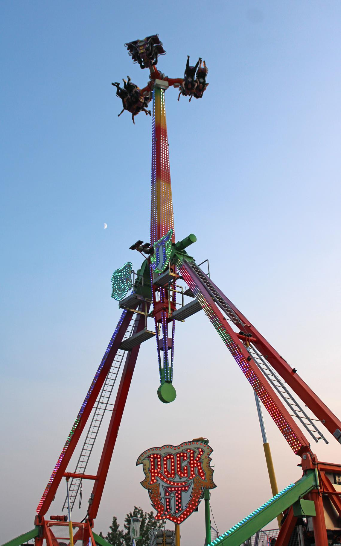 This popular ride on the midway flung riders sky high.
