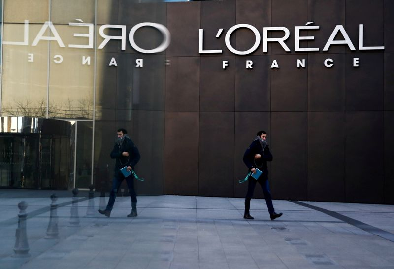 L'Oreal boosted by sales of make-up and perfumes as lockdowns ease
