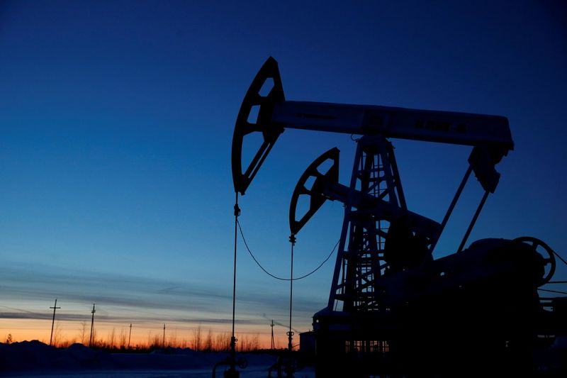 Oil inches up as tight supply, vaccinations outweigh virus concerns
