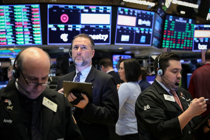 S&P Slumps as China Contagion Fears Trigger Spike in Volatility