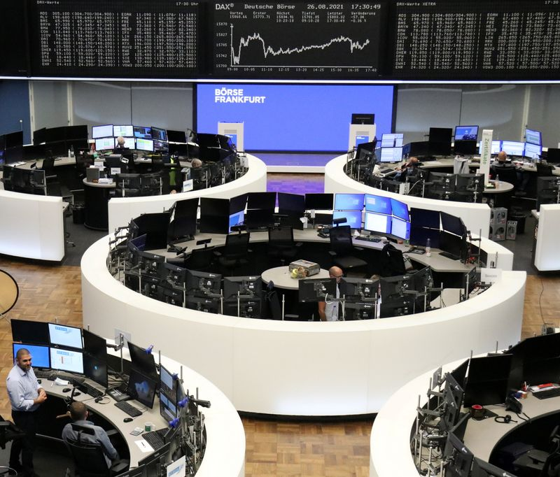Commodity stocks support Europe shares ahead of Powell speech