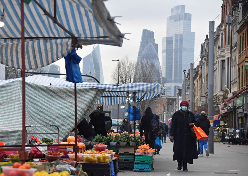 UK inflation to hit 3.9% in early 2022, NIESR forecasts