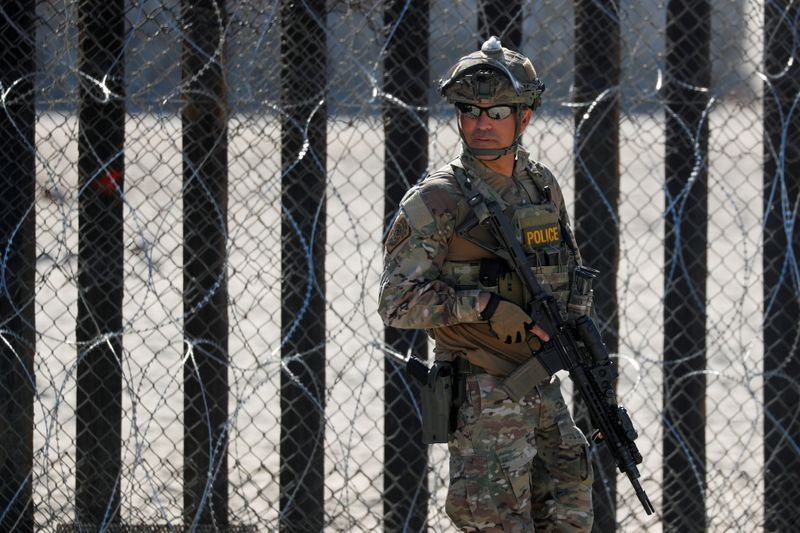 U.S. to outfit border agents with body cameras in major oversight move