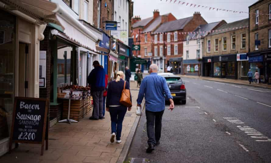 Shoppers in Morpeth