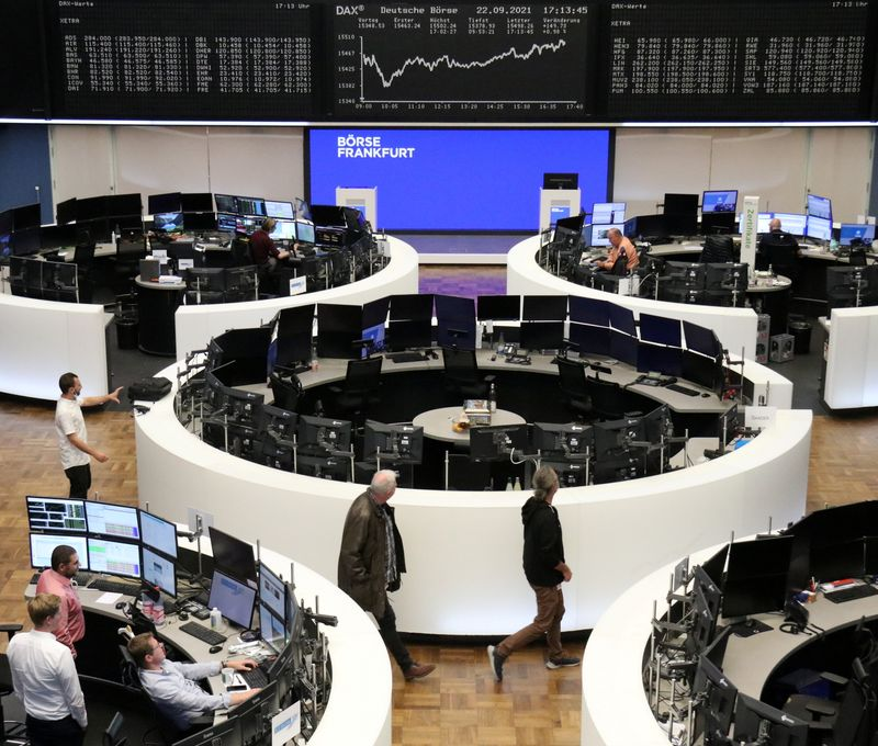 European stocks rally for third day, led by auto sector