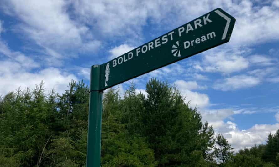 Signpost for Bold Forest Park and the Jaume Plensa statue, Merseyside, UK
