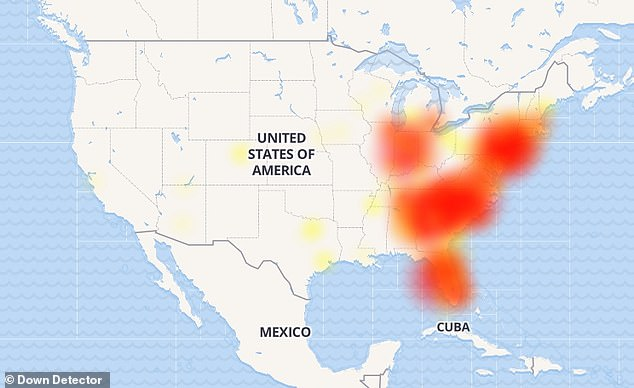 Verizon customers on the US East Coast have been hit by a massive outage, leaving thousands unable to send text messages.