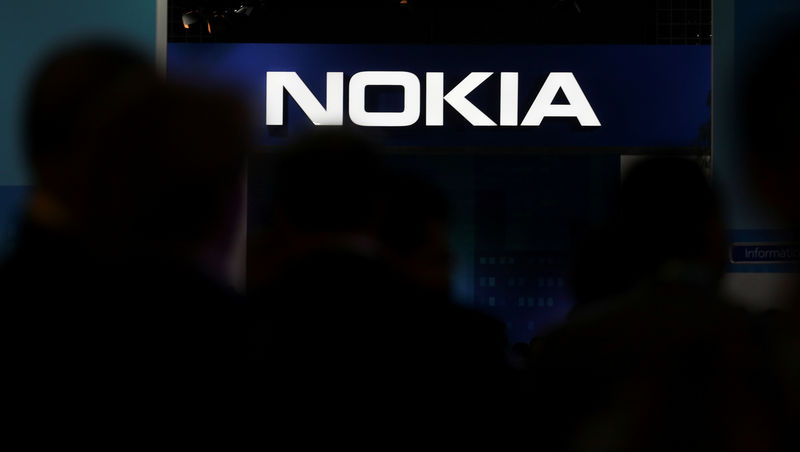 © Reuters. FILE PHOTO: Nokia logo is seen at the Mobile World Congress in Barcelona