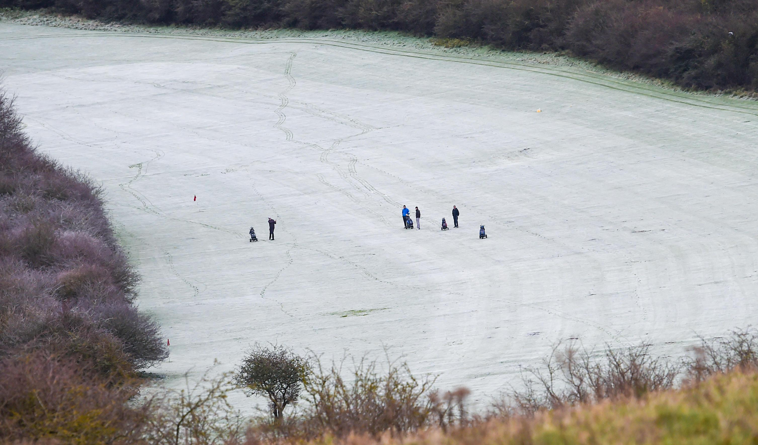 Golfers braved the cold in Brighton at the Waterfall golf course this morning