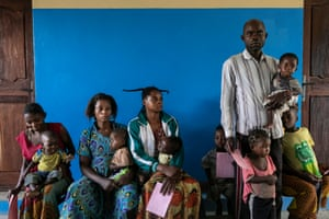 Beneficiaries waiting to get vaccinated in the Lunyeka health center.
