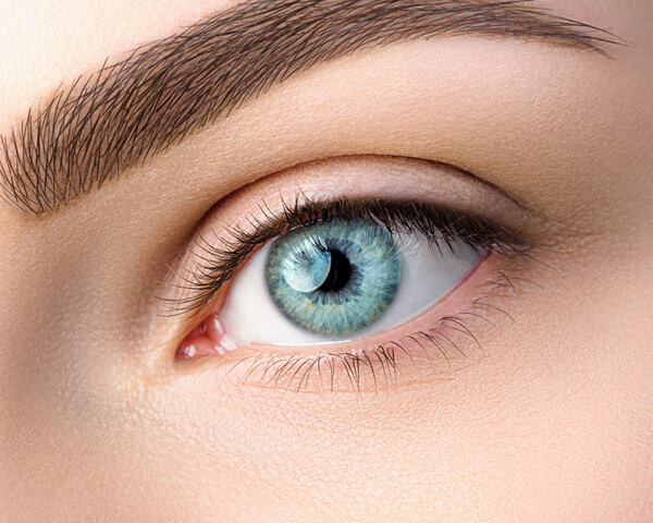 Know All About Coloured Contact Lenses