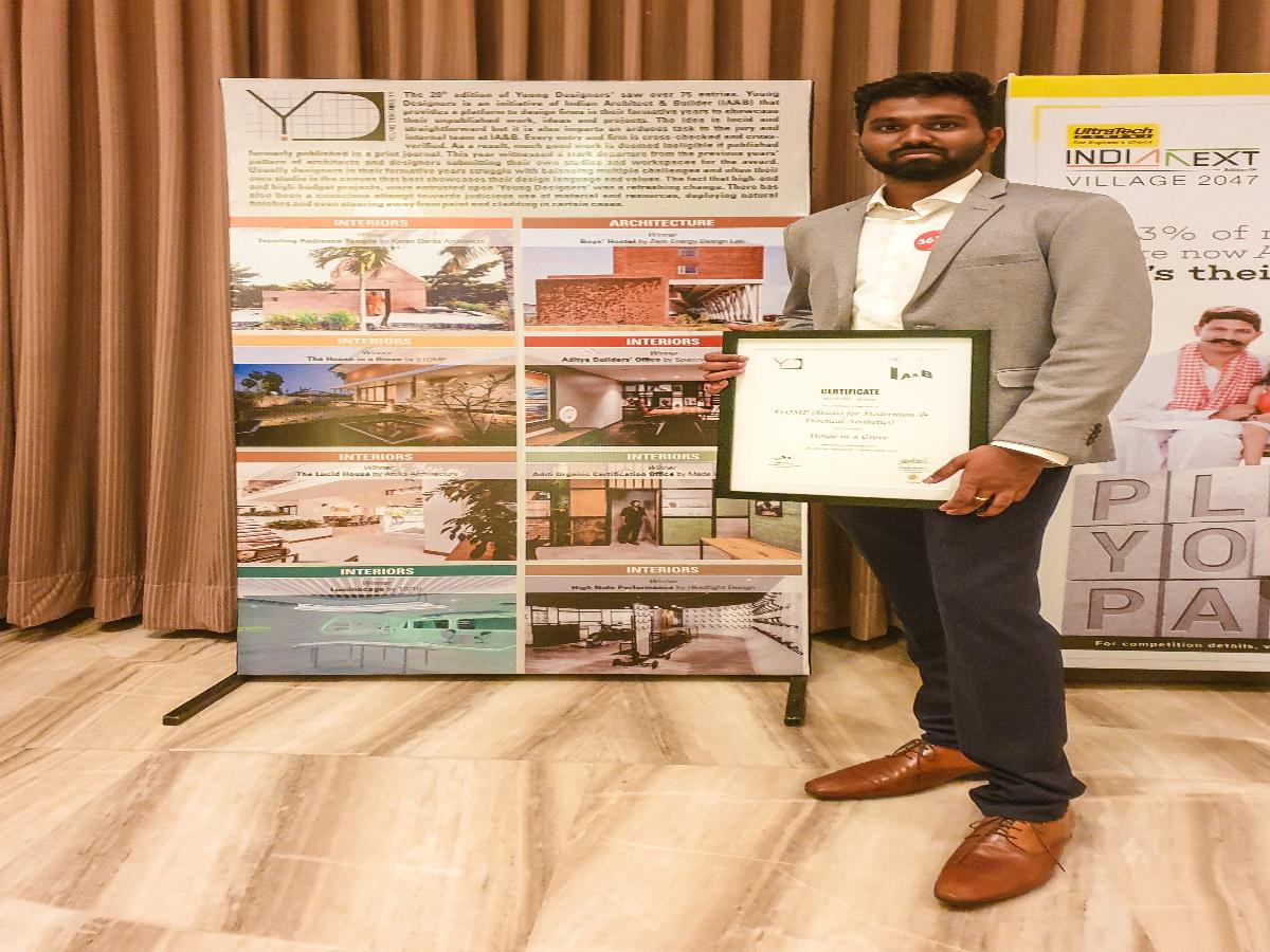 Vignesh Sekar with IAB Award
