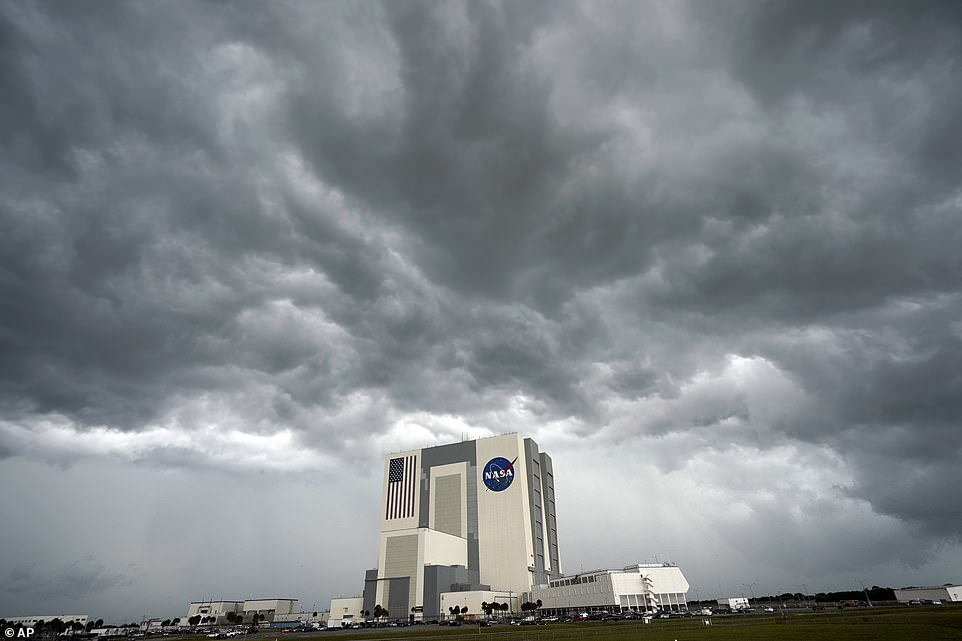 Threatening weather has been looming over the NASA and SpaceX mission, as at the start of the week there was a 40 percent chance Falcon 9 would take off. SpaceX officials announced the launch was scrubbed just 16 minutes and 54 seconds before liftoff