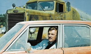 Dennis Weaver is terrorised by the truck in Duel