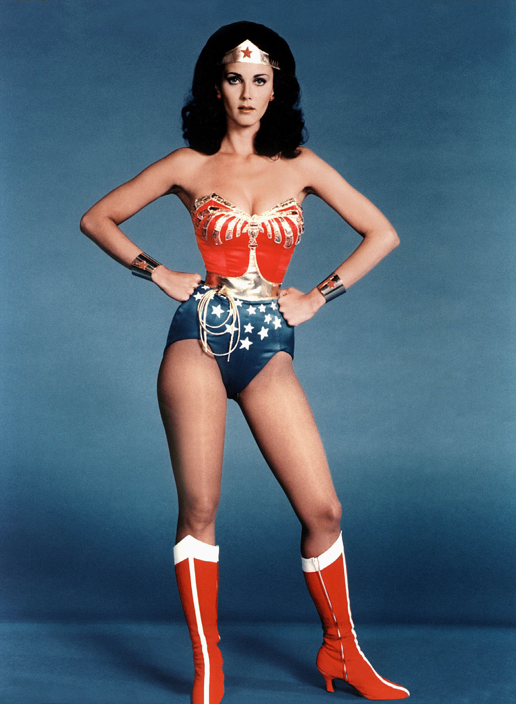 The Wonder Woman is one of three power postures you should practice