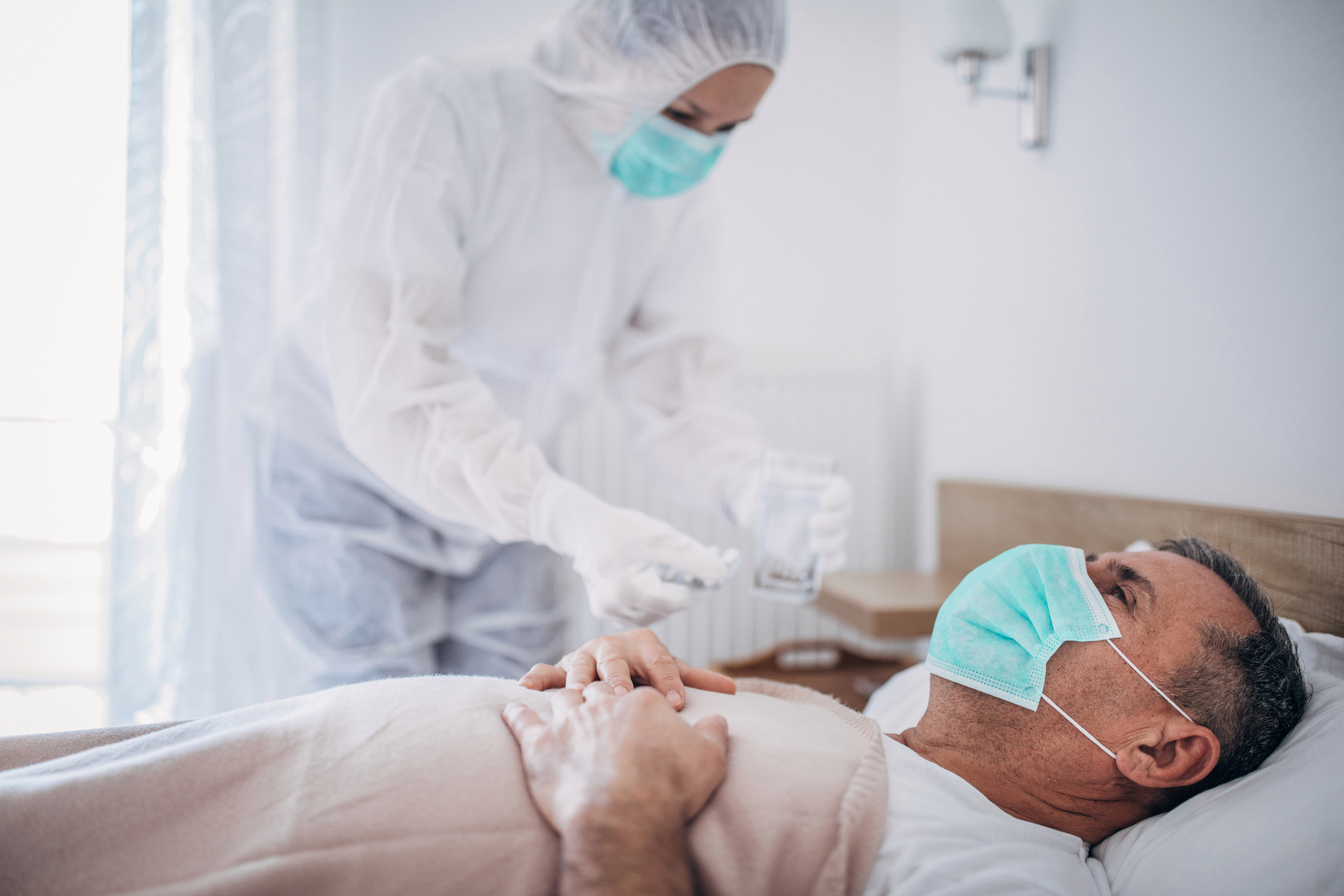 One in 20 hospital patients are still contagious for two weeks after being infected, Sage experts warned