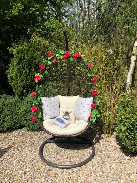 One shopper bought the bargain chair and add the roses to the rim once they got home