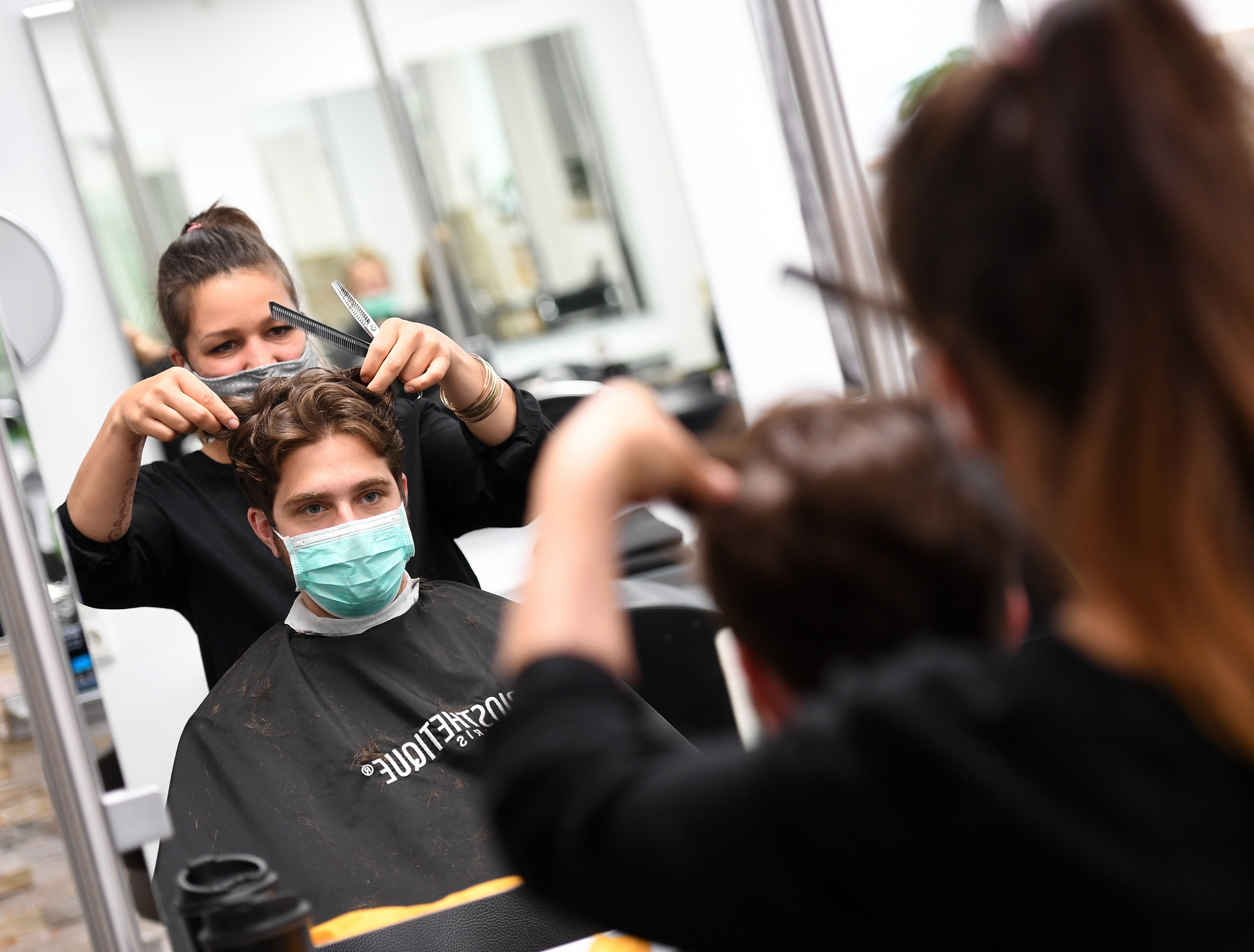 Hairdressers and barbers have been closed due to the coronavirus lockdown