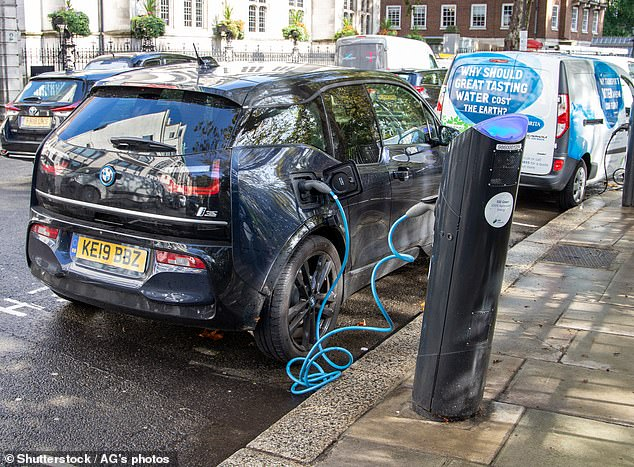 On average an electric vehicle would cost the owner £3,752 a year over the course of its life, compared to £3,858 for a petrol car, resulting in an annual saving of £107, the study claimed