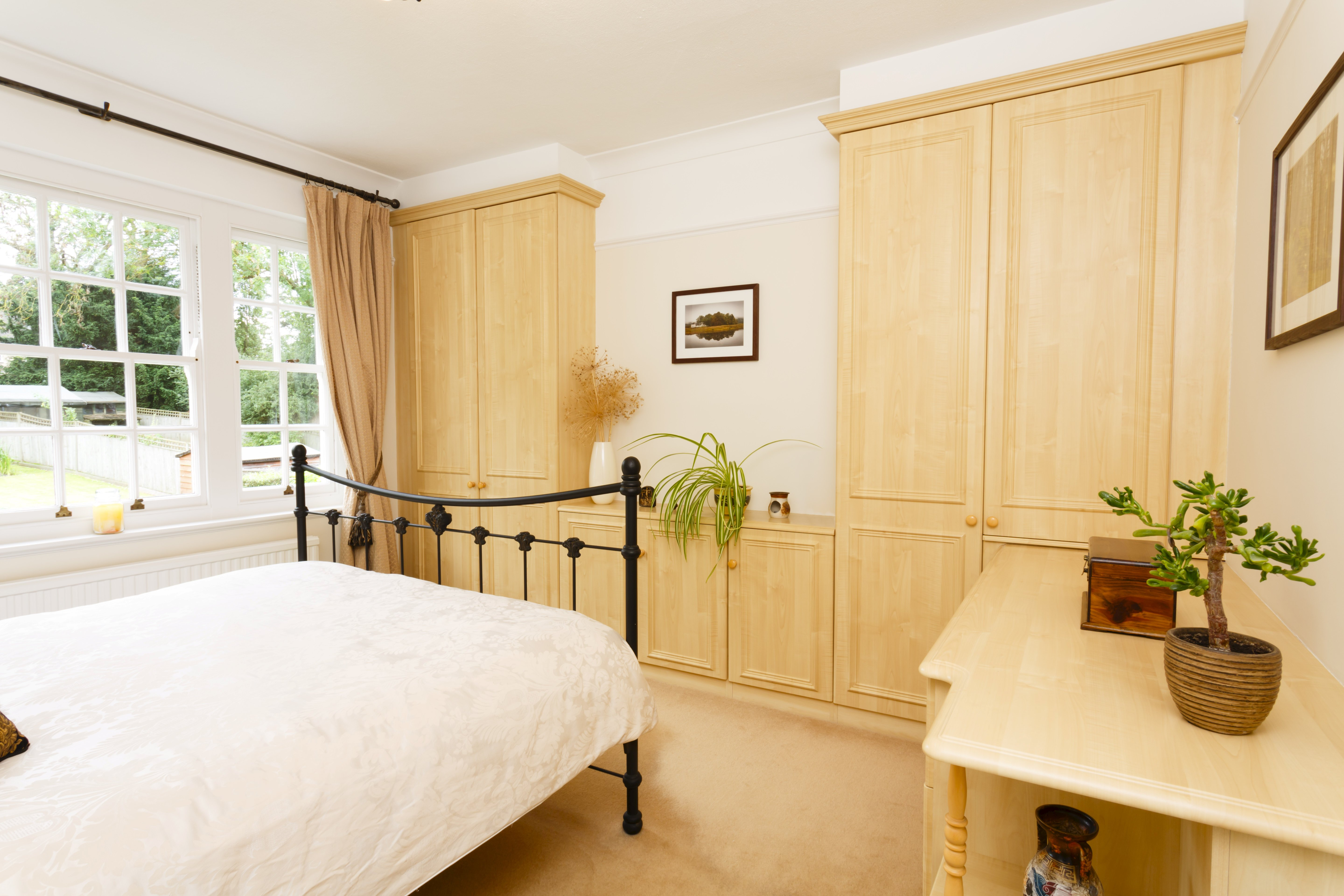 Who should pay up for the bedroom furniture payments in a divorce