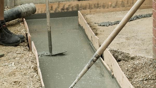 Benefits of Using Concrete Pump in Construction Works
