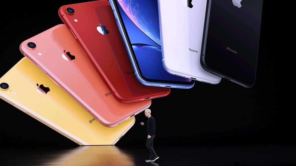 Four Reasons Why You Should Buy Refurbished Phones