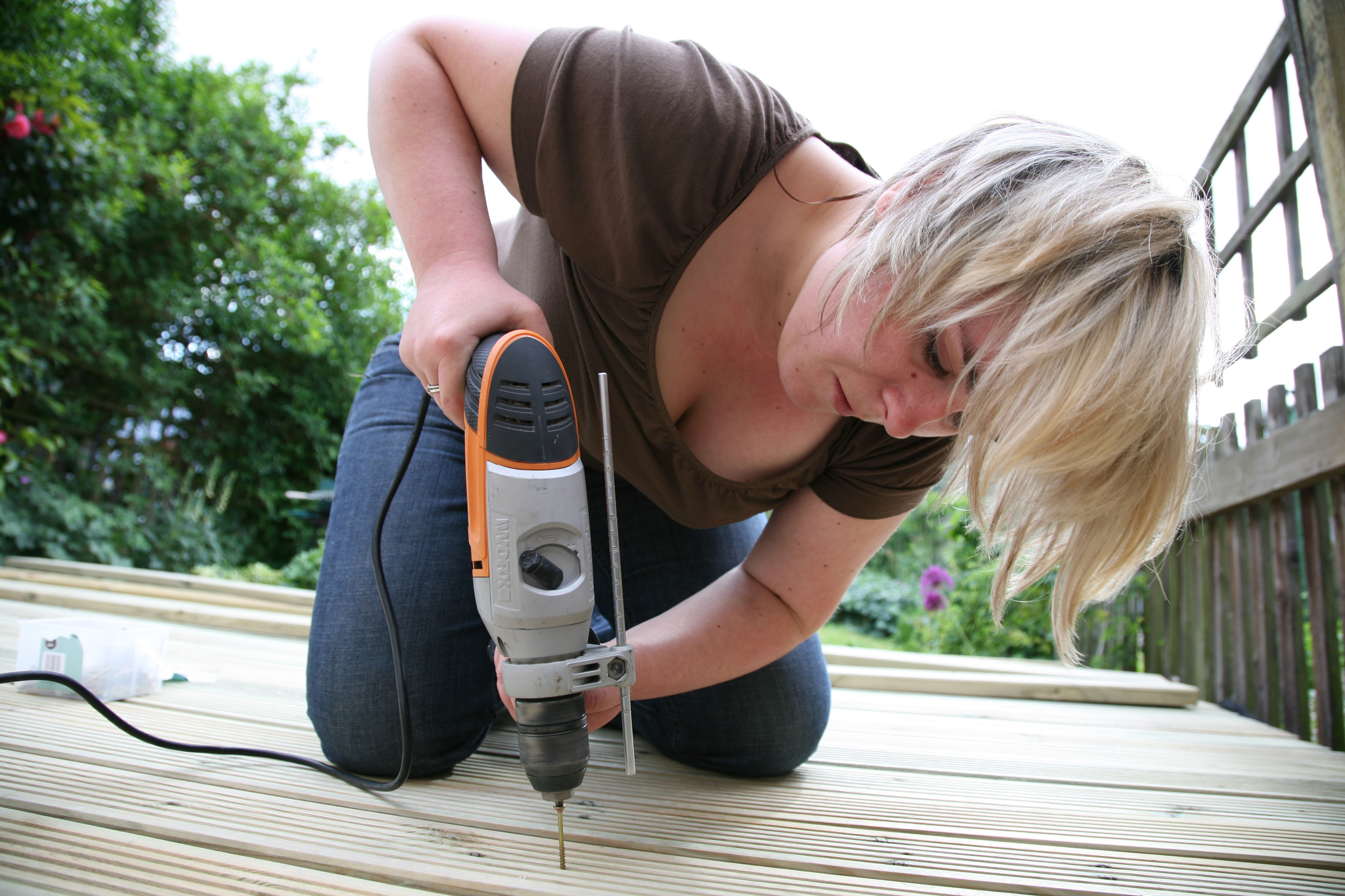 Fix up minor home defects which may put buyers off