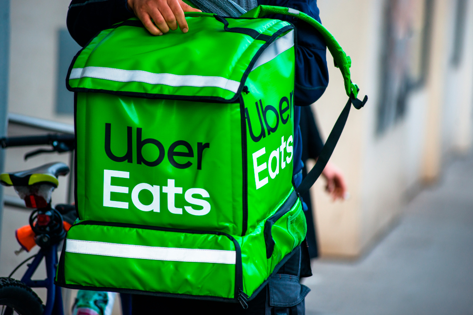 There are issues ordering on the Uber Eats app tonight