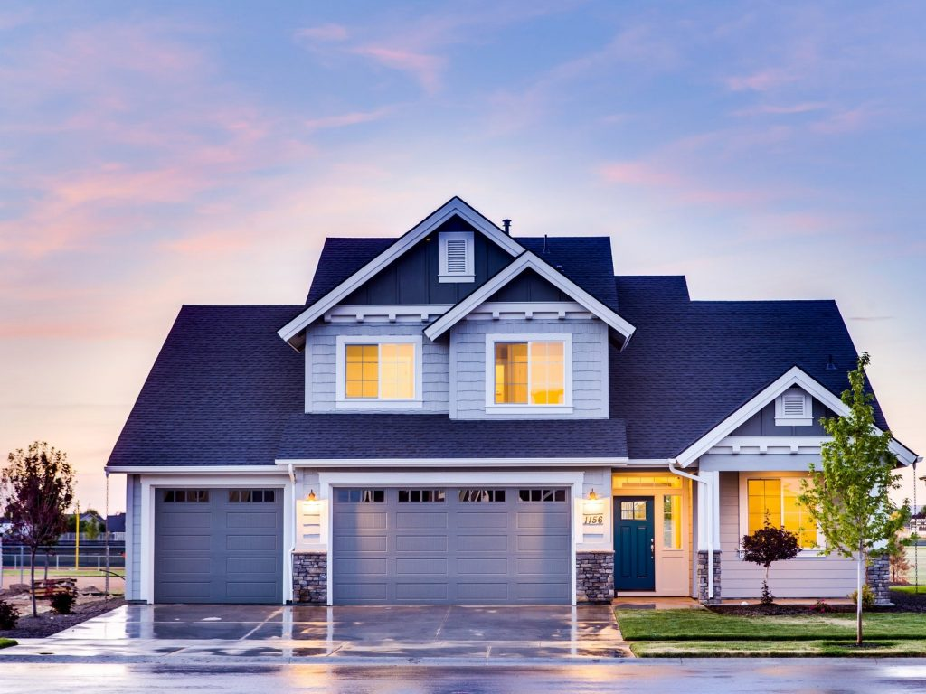 5 Advantages of Using a Private Lender to Invest in Real Estate