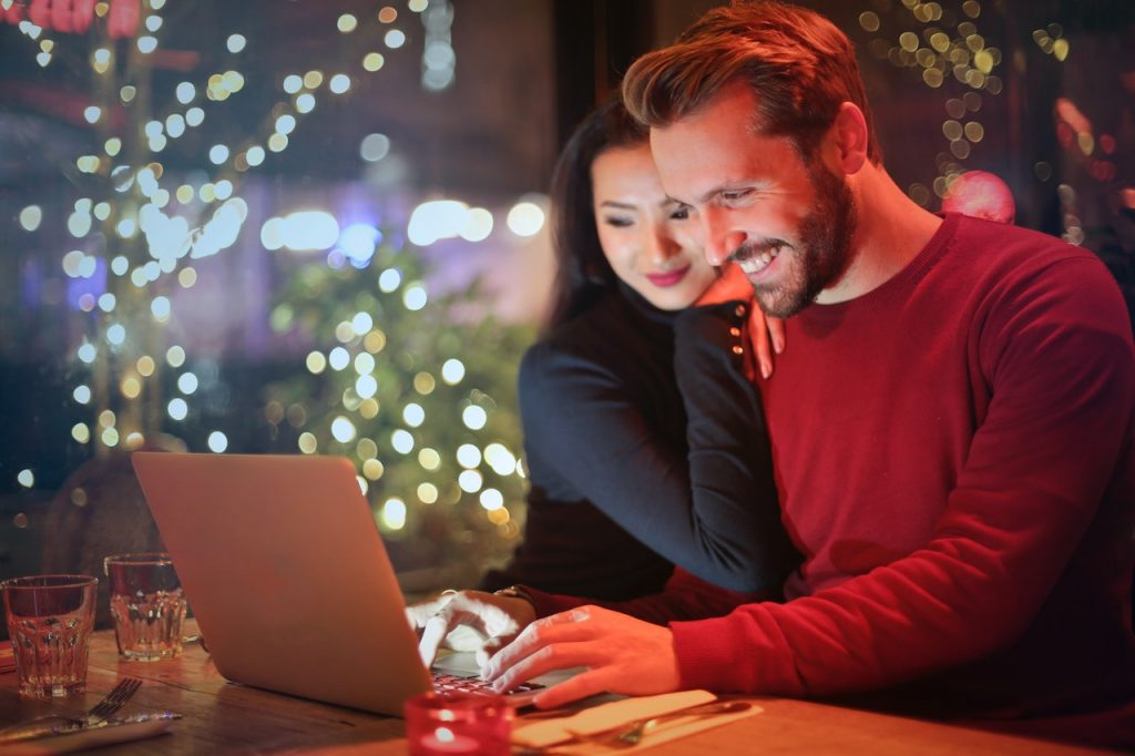 Do Black Friday and Cyber Monday Make a Difference to Gaming and Entertainment?