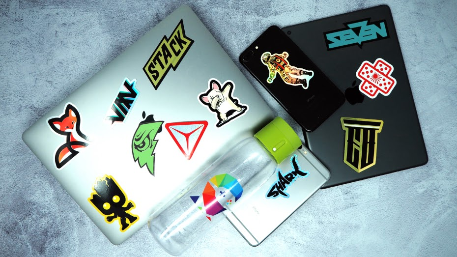 4 Tips on Using Custom Stickers to Compliment Your Social Media Marketing