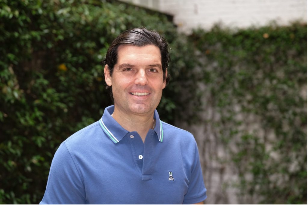 How Alejandro Betancourt Used Savvy Marketing to Drive the Growth of Hawkers