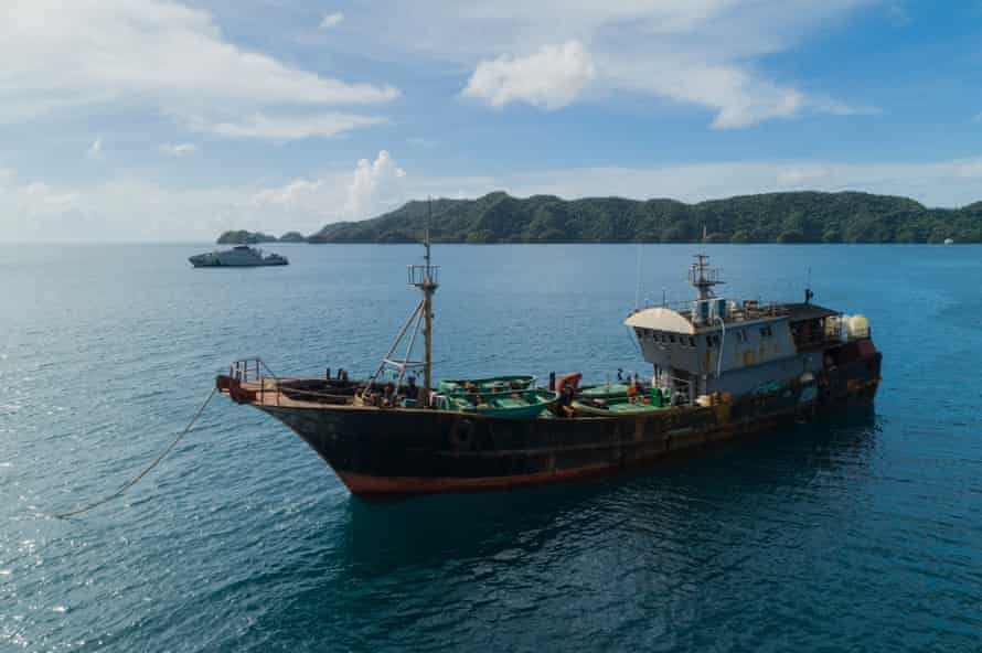 Chinese fishing boat detained by Palauan authorities on suspicion of illegally harvesting sea cucumber.