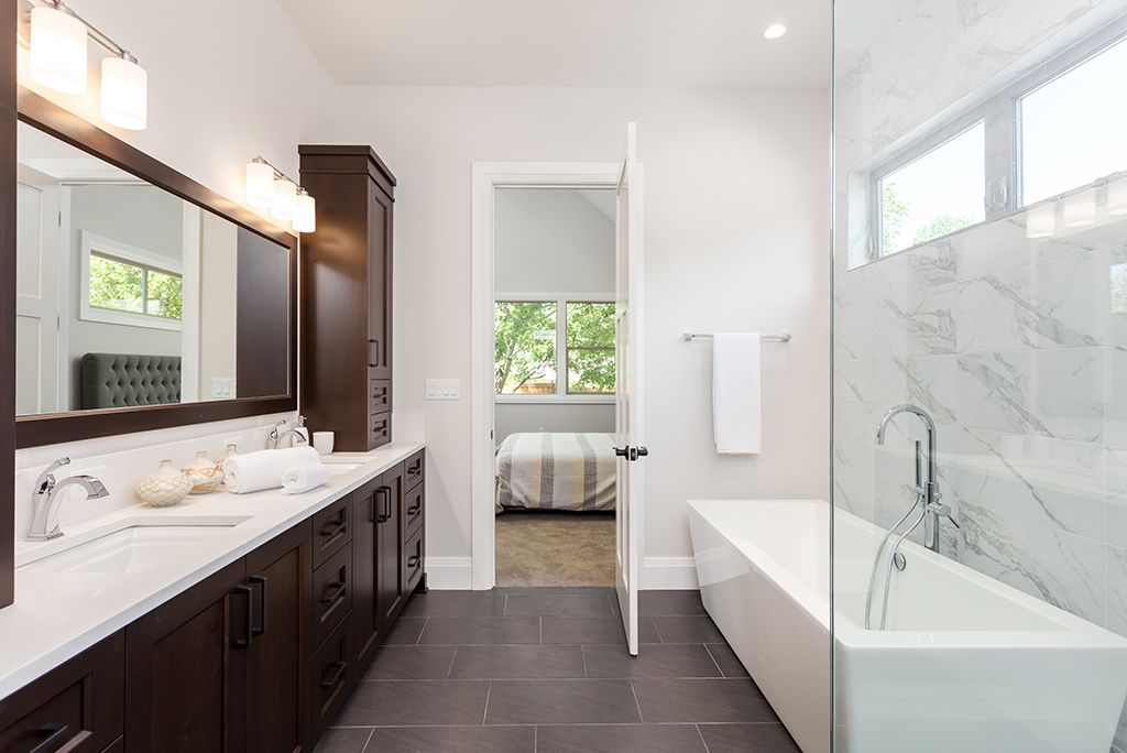Planning To Upgrade Your Bathroom? Check Out These 6 Essentials