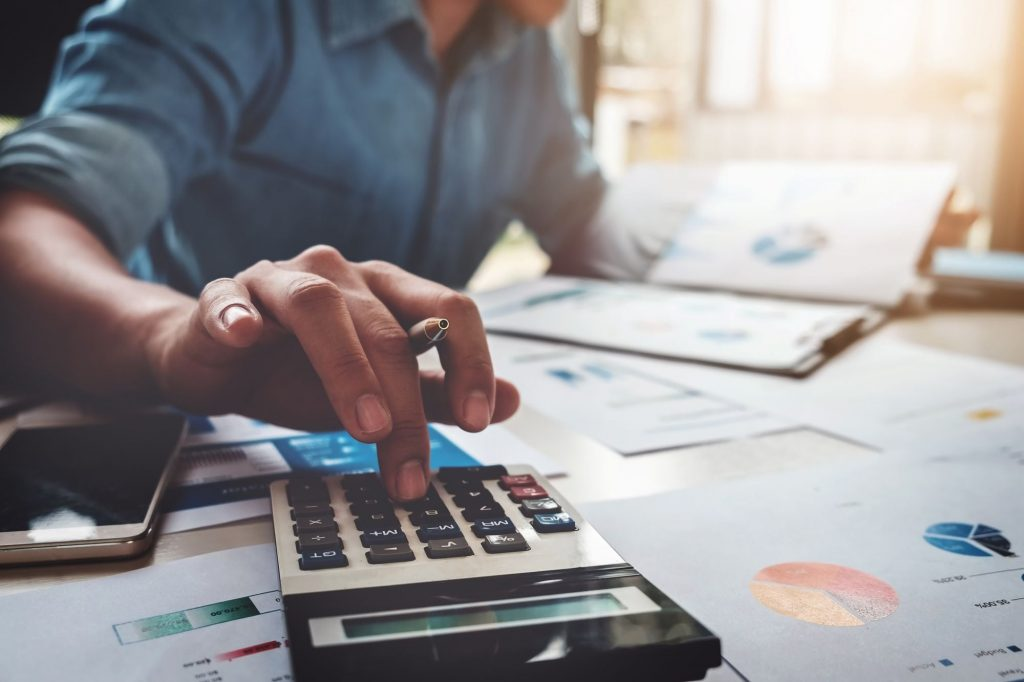 5 Essential Tips to Fix Your Business Finance