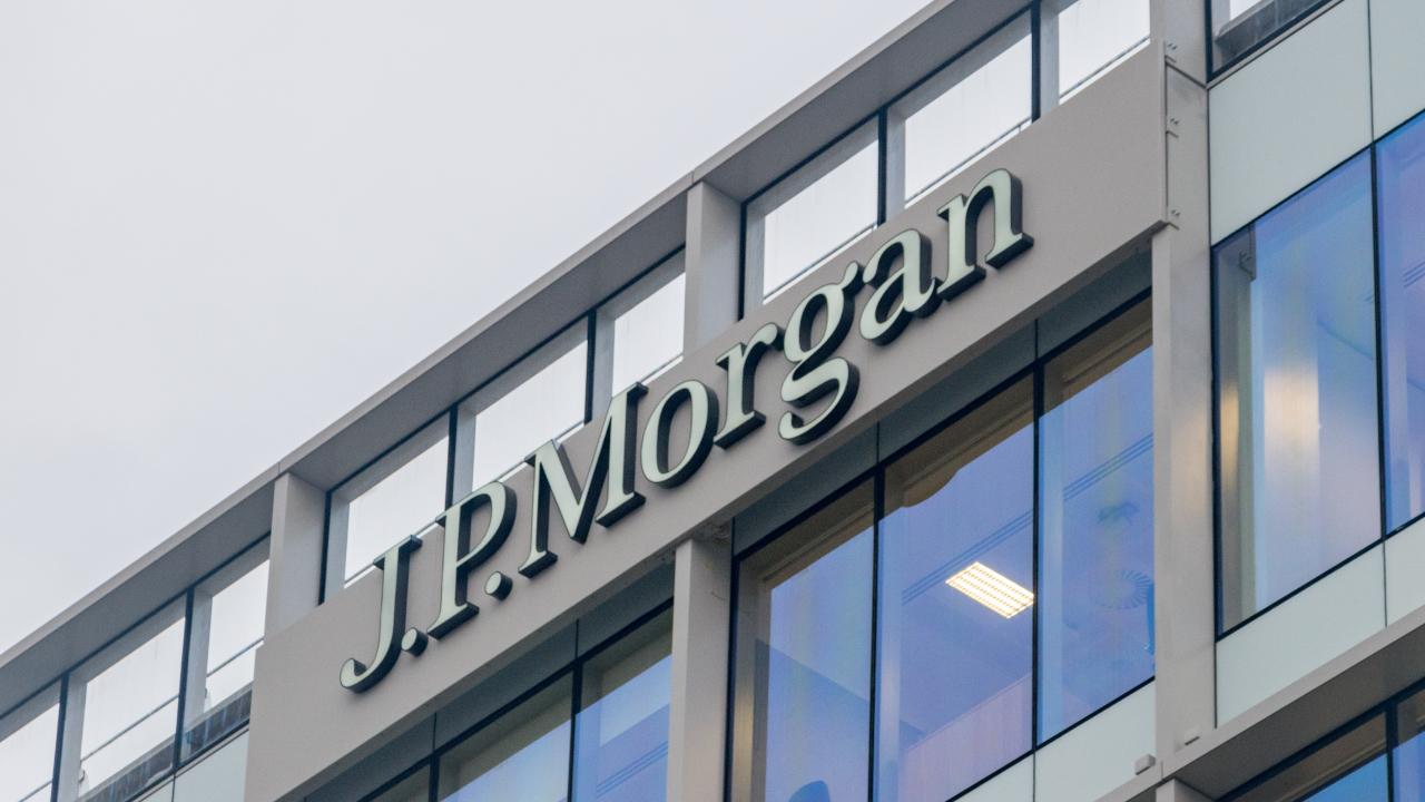 JPMorgan Warns of Incoming Bitcoin Bear Market Citing 'Unusual Development' in Futures