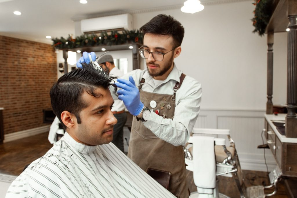 Barbers have Two Roles to Fill, Study by Booksy Finds.