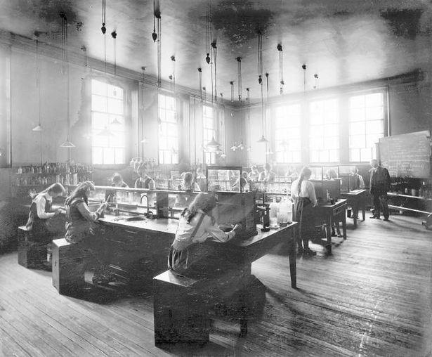 The science room at Woodside School in 1916