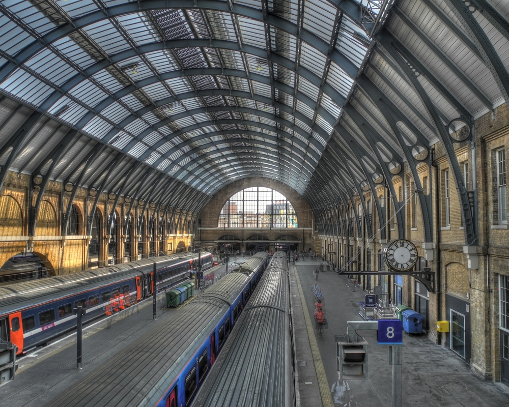 2021 Infographic Showcases Famous London Underground Stations That Famous Scenes Were Filmed At