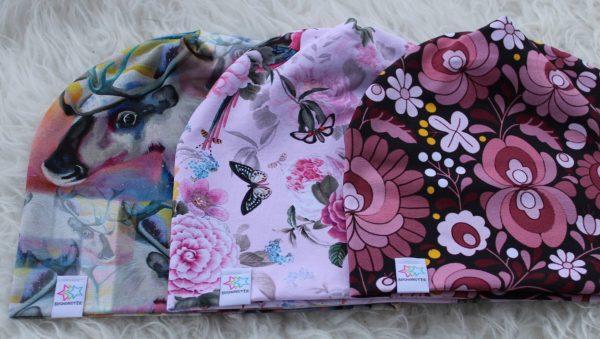 rosa mössa blommor renar fjäril mössor barn vuxen