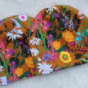 mössa med blommor höstmössa