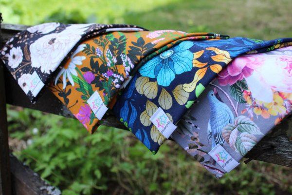Pannband mönstrade blommigapannband