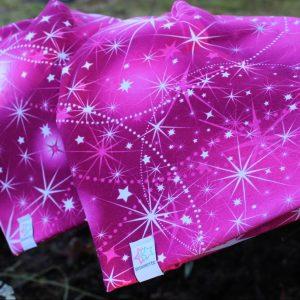 Mössa med stjärnor rosa