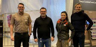 Från vänster: Johan Vanselius, butikschef, Tomas Lundvall, vd och handlare, Milleriine Axelsson som blir butikens ansvarige för odlingsanläggningen, Andreas Dahlin, vd för Swegreen.