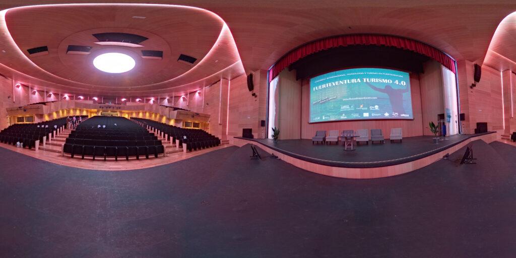 palacio-on-stage