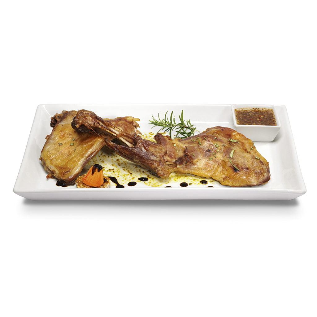 plato delicatessen de carne de cabrito al romero
